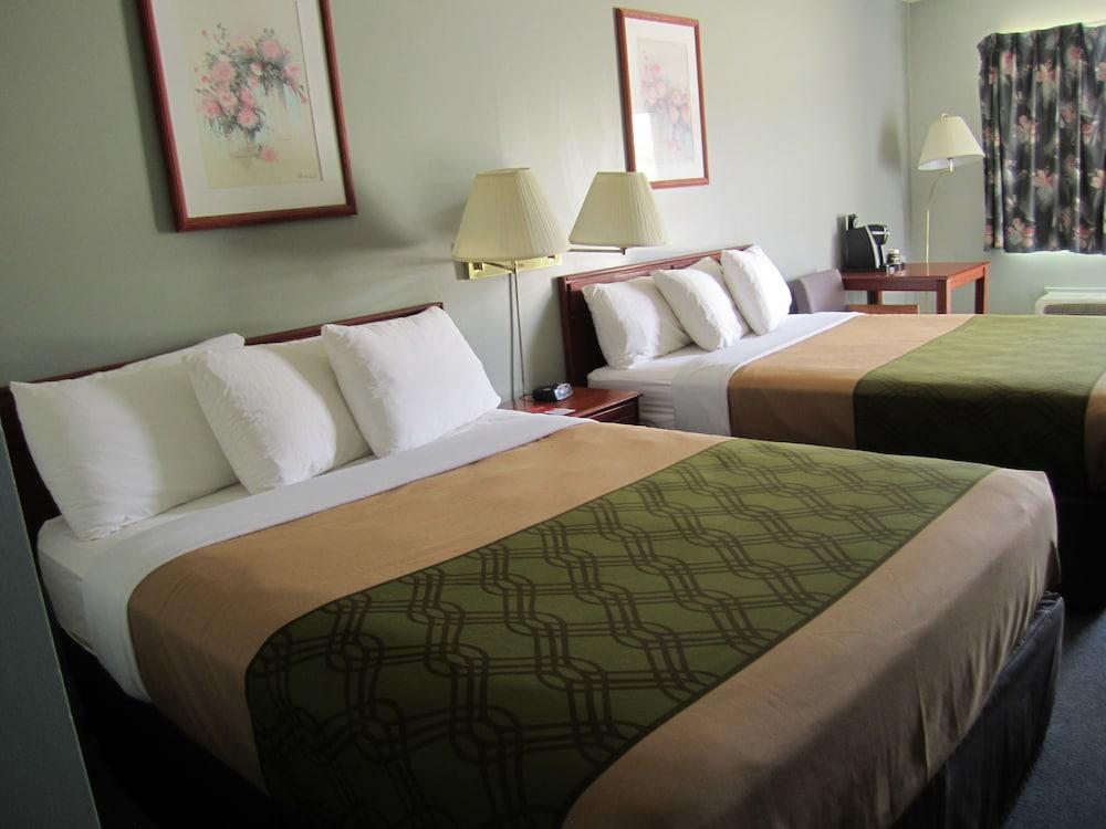 Econo Lodge Inn Suites, Cranbrook