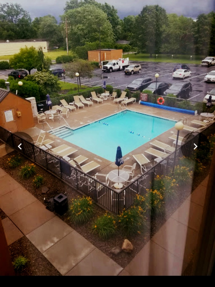 Comfort Inn Presque Isle Erie Outdoor Pool