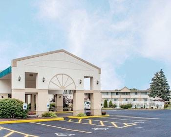 Enter your dates to get the Vestal hotel deal