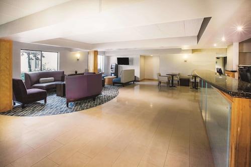 瓦爾多夫溫德姆拉昆塔酒店/
