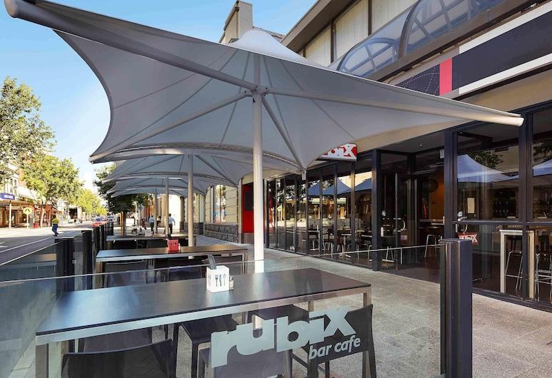 ibis Perth, Perth, Hotel Bar