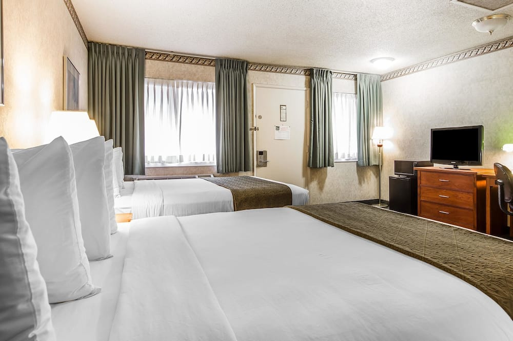 Standard Double Room, 2 Double Beds - Guest Room