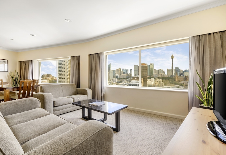 Holiday Inn Potts Point Sydney, an IHG Hotel, Potts Point, Room, 1 Bedroom, Harbour View (King, Spa), Guest Room