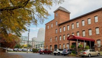 Slika: The Historic Brookstown Inn ‒ Winston - Salem