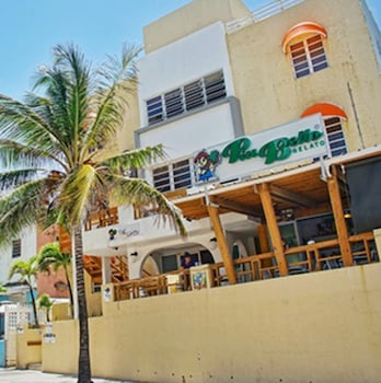 Picture of Sandy Beach Hotel in San Juan