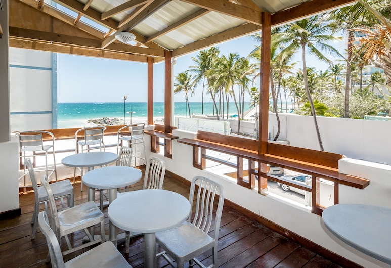 Sandy Beach Hotel, San Juan