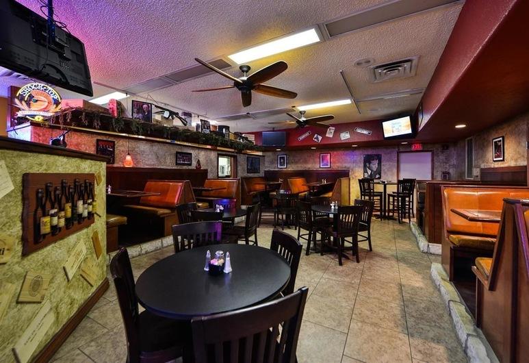 Budget Inn and Suites, Guymon, Bar Hotel