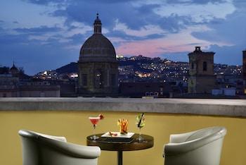 那不勒斯拿波里烏納酒店的圖片