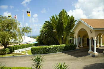 Picture of The Cardiff Hotel & Spa in Runaway Bay