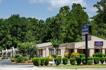 Picture of Howard Johnson Express Inn - Wilmington in Wilmington