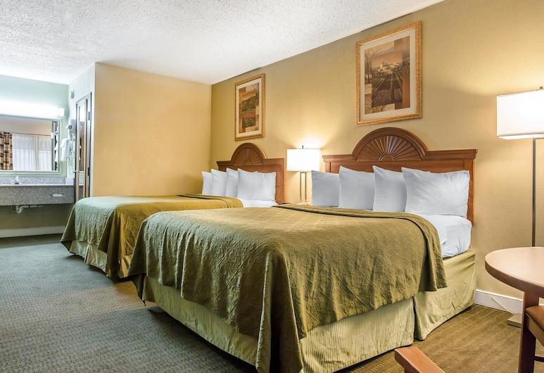 Rodeway Inn, לוטון, חדר סטנדרט, 2 מיטות קווין, ללא עישון, חדר אורחים