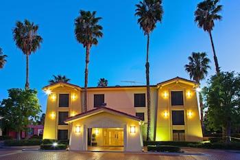 聖貝納迪諾聖貝納迪諾溫德姆速 8 酒店的圖片