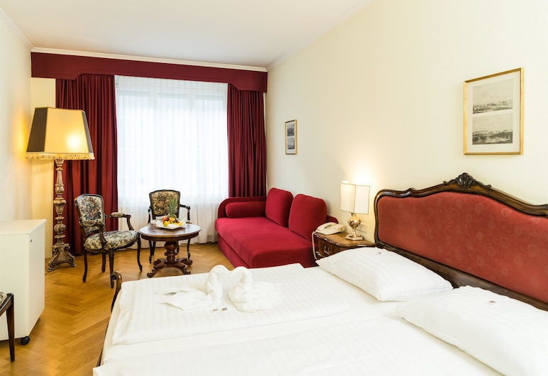 Hotel Royal, Vienna, Deluxe Room, Guest Room
