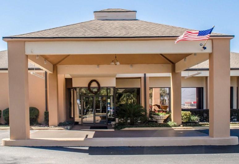 Quality Inn & Suites Pensacola Bayview, Pensacola