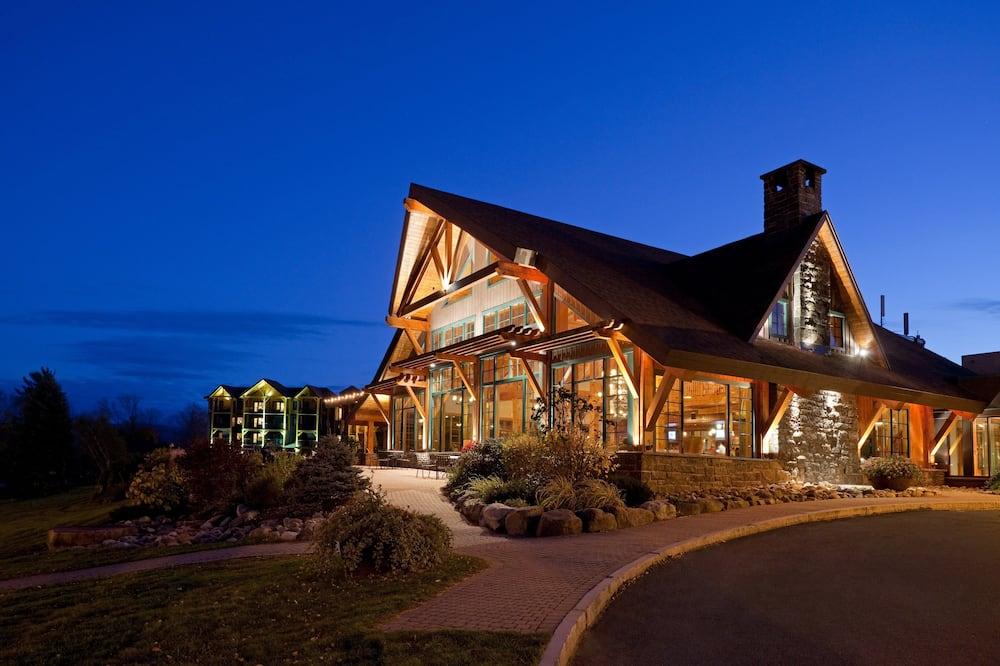 Crowne Plaza Lake Placid, an IHG Hotel, Lake Placid