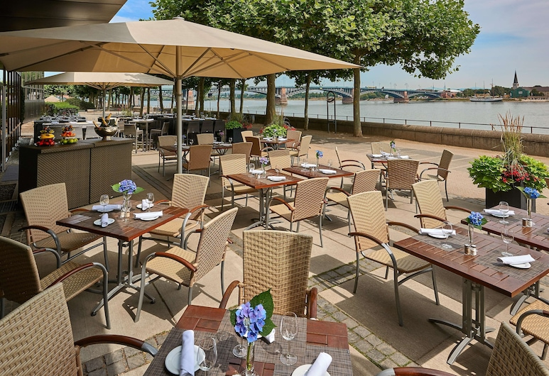 Hilton Mainz, Mainz, Terrace/Patio