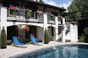 Picture of St. Moritz Lodge & Condominiums in Aspen