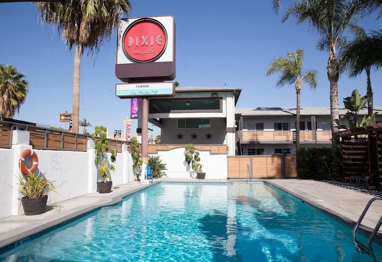 The Dixie Hollywood, Los Angeles, Vanjski bazen
