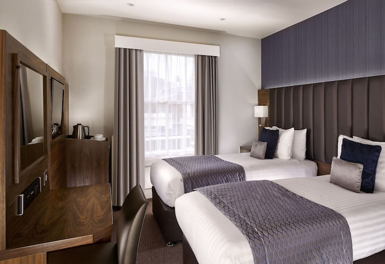 Norfolk Towers Paddington Hotel, London, Club Double Room, Guest Room