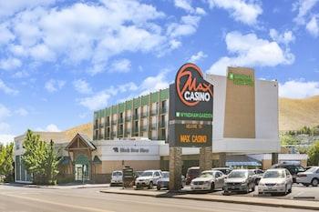 Picture of Wyndham Garden Carson City Max Casino in Carson City