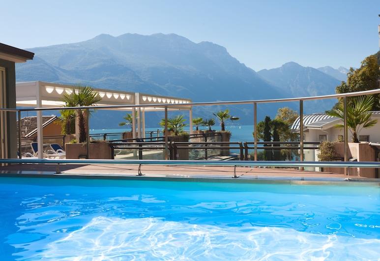 Hotel Europa Sky Pool & Panorama, Riva del Garda, Piscina panoramica