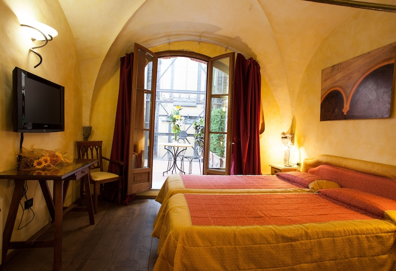 Alba Palace Hotel, Florence, Quadruple Room, Children's Theme Room