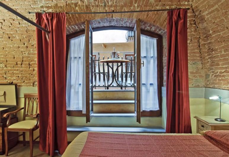 Alba Palace Hotel, Florencia, Habitación cuádruple, Habitación