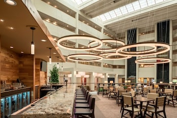 Picture of Embassy Suites by Hilton Milwaukee Brookfield in Brookfield