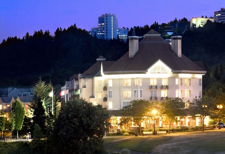 Kimpton Riverplace Hotel, Portland, Okolica objekta