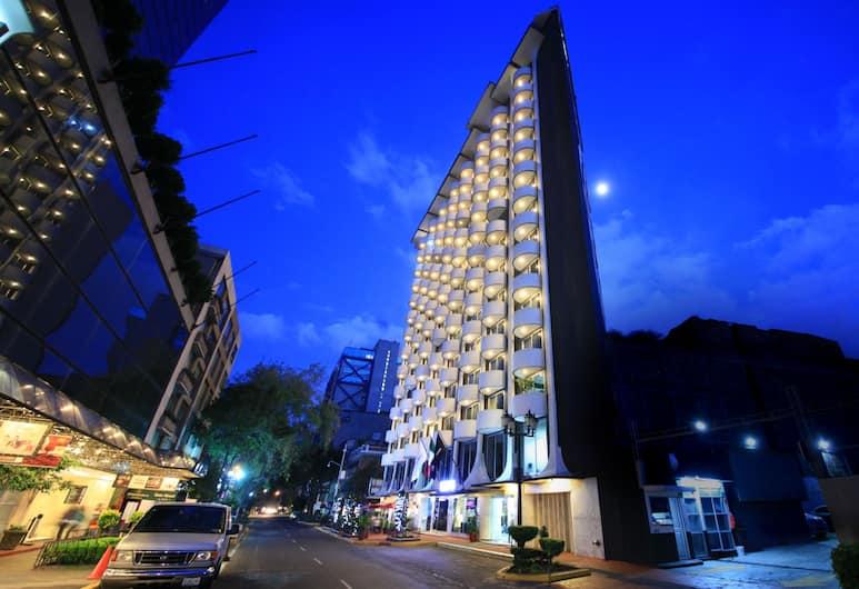 Hotel Century Zona Rosa México, Mexico City, Hotel Front – Evening/Night