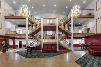 Picture of Branson Towers Hotel in Branson
