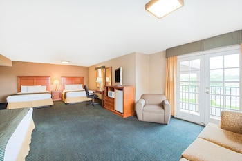 Picture of Ramada by Wyndham Flagstaff East in Flagstaff