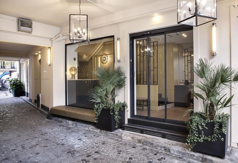 Doisy Etoile, Parigi, Ingresso hotel