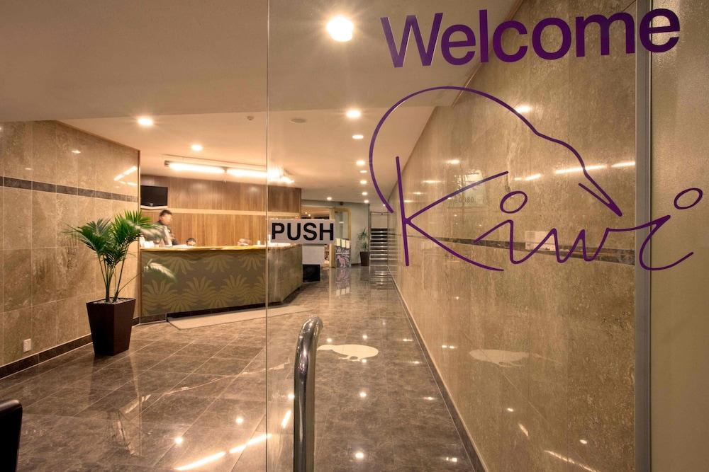 Auckland Airport Kiwi Hotel, Mangere