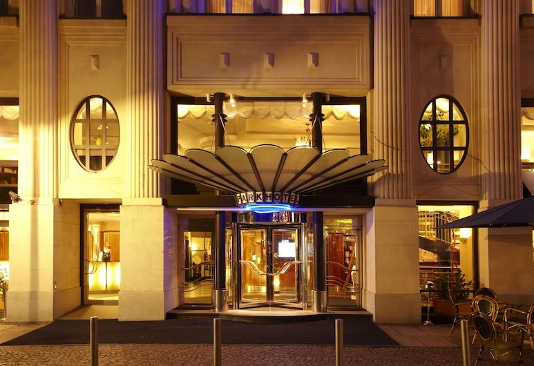 Seaside Park Hotel Leipzig, Leipzig, Eingangsbereich