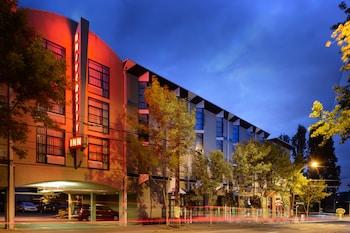 תמונה של Staypineapple, University Inn, University District Seattle בסיאטל