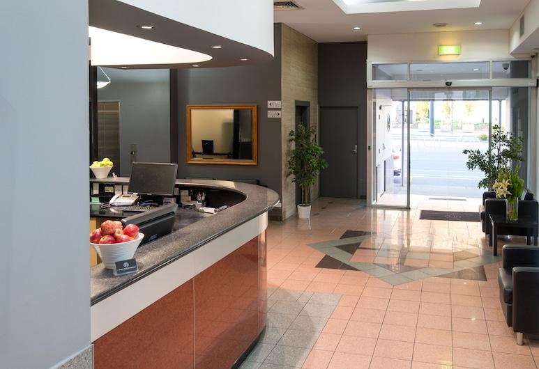 Adelaide Riviera Hotel, Adelaide, Interior Entrance