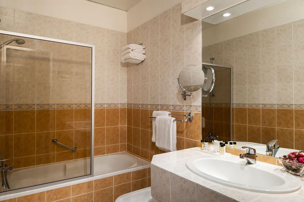 Quarto Triplo - Casa de banho