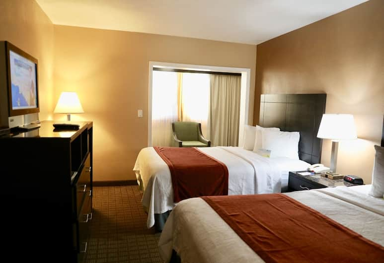 Days Inn by Wyndham Hollywood Near Universal Studios, Los Angeles, Efficiency, Room, Multiple Beds, Non Smoking, Guest Room