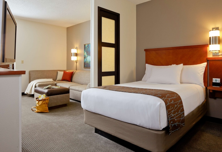 Hyatt Place Greensboro, Greensboro, Room, Multiple Beds, Guest Room