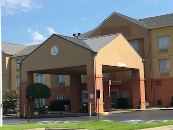 Picture of Ramada Vicksburg in Vicksburg