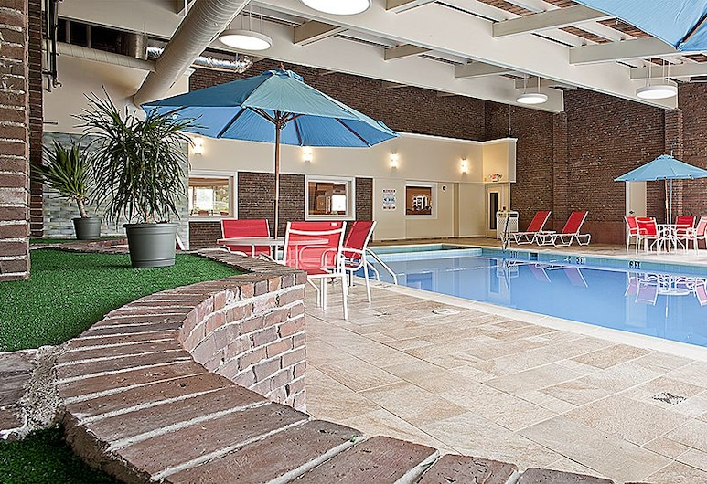 White River Inn and Suites, White River Junction, Indoor Pool