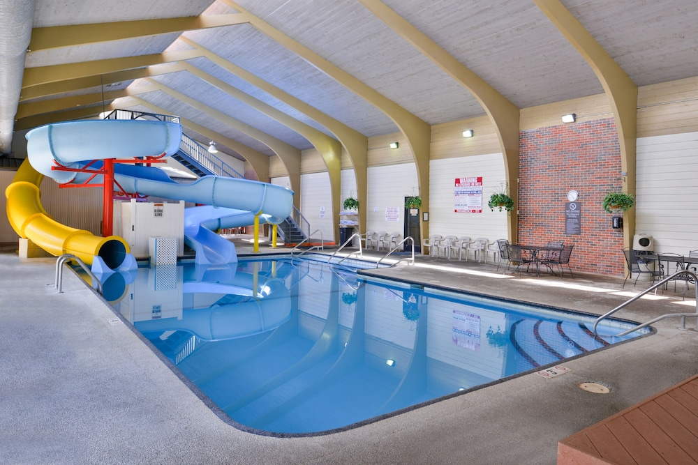 Billings Hotel And Convention Center Indoor Pool