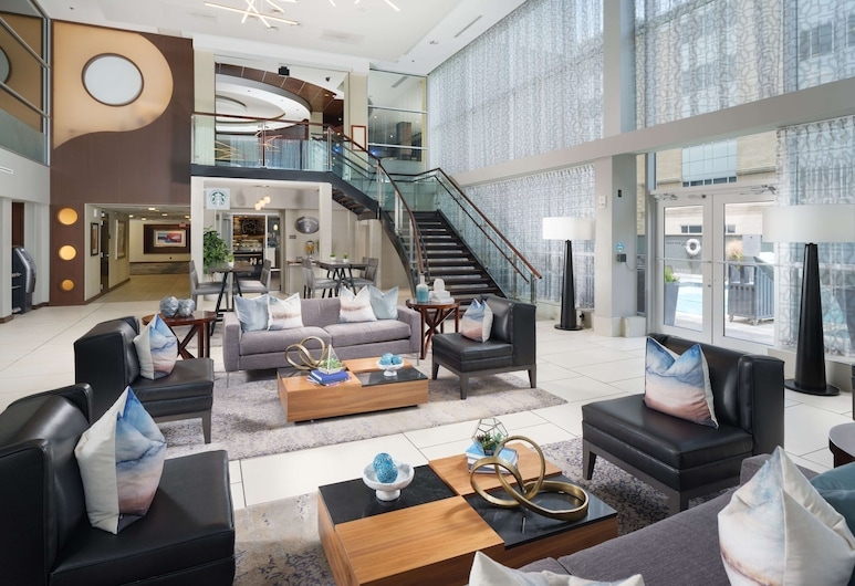 DoubleTree by Hilton Chattanooga, Chattanooga, Lobby