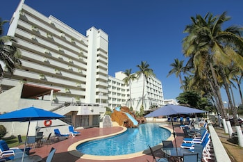 Enter your dates for special Mazatlan last minute prices