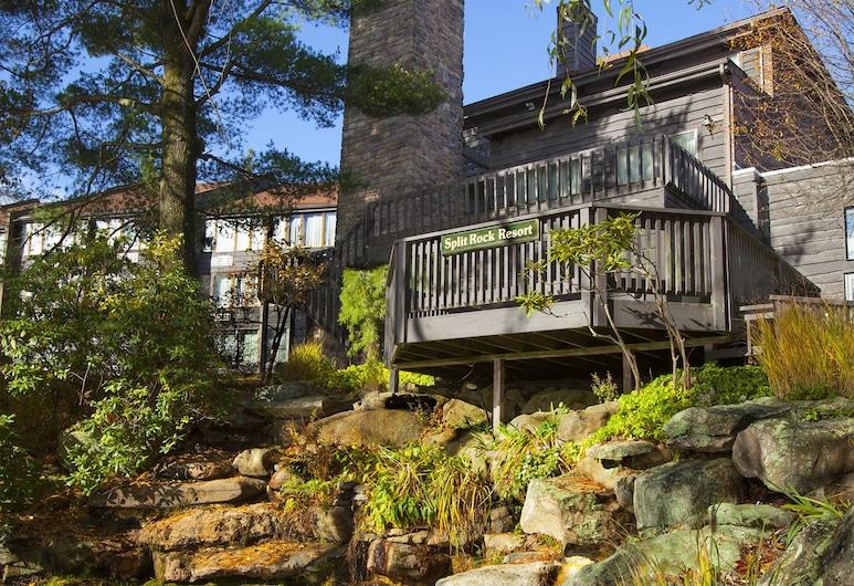 Split Rock Resort, Jezero Harmony, Okolica objekta