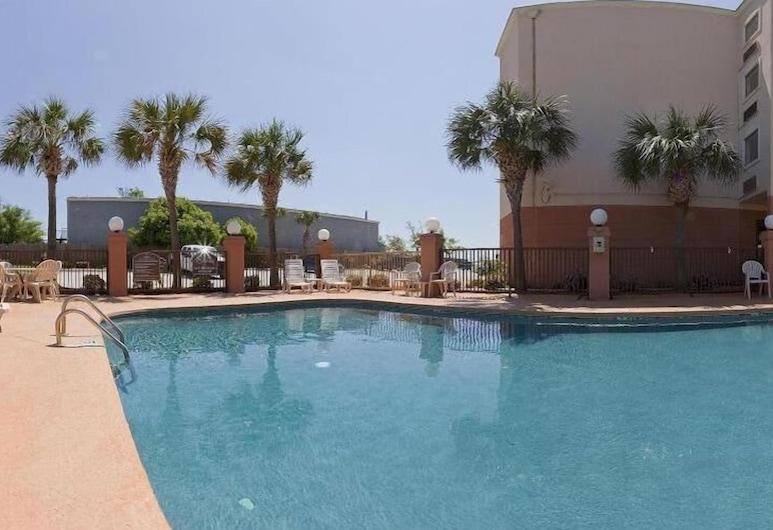 Holiday Inn Express Biloxi - Beach Blvd, Biloxi, Buitenzwembad