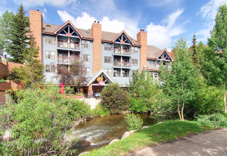 River Mountain Lodge, Breckenridge, Property Grounds