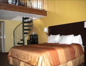 Foto di Days Inn & Suites by Wyndham Downtown Gatlinburg Parkway a Gatlinburg