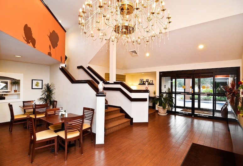 Sleep Inn Gateway, Savannah, Lobby Sitting Area